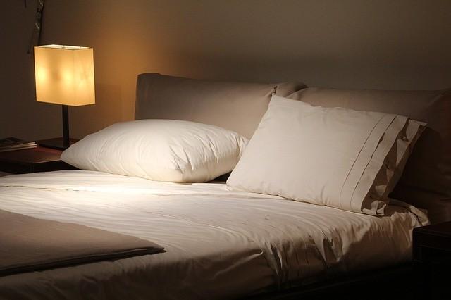 Hálószoba lámpa: legyen sejtelmes és…? (Magazin rovat) :: Vajdaság ...