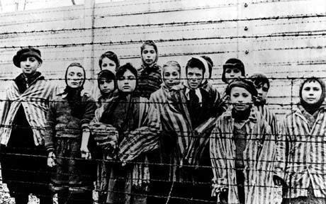 """Képtalálat a következőre: """"roma holokauszt komáromi csillagerőd"""""""