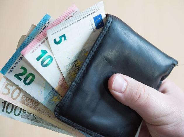Finnország bevezeti az állampolgári jogon járó alapjövedelmet