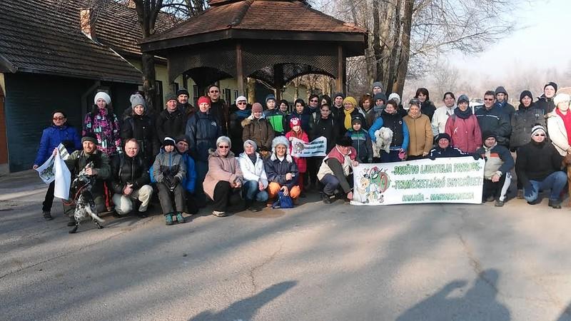 Megtartották a hetedik évnyitó gyalogtúrát Magyarkanizsa és Martonos között
