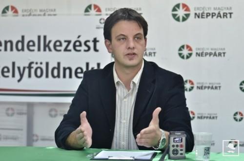Pert nyert a román hatóságok ellen a zászlóállítás miatt megbírságolt Tőke Ervin