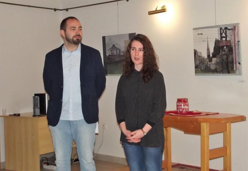 Környékkép címmel nyílt kiállítás Zentán