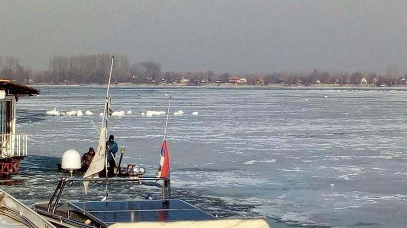 Újvidék: Részben befagyott, részben zajlik a Duna