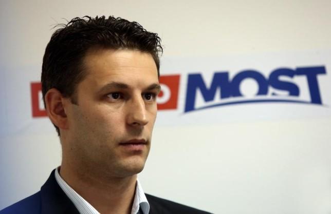 Vita a horvát kormánykoalícióban az INA visszavásárlására vonatkozó terv körül