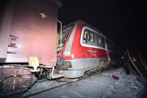 Hazaengedték a kórházból az újvidéki vonatbaleset sérültjeit