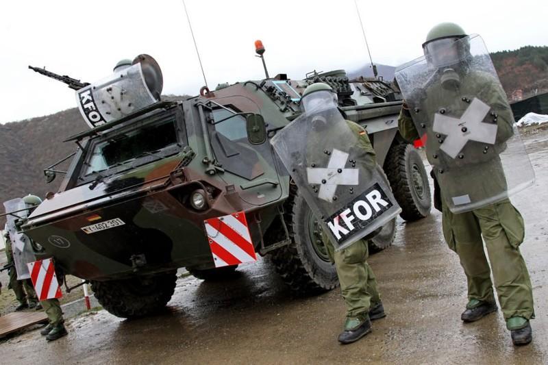 A koszovói békefenntartó misszió felülvizsgálatát kérte a NATO-tól Horvátország és Albánia