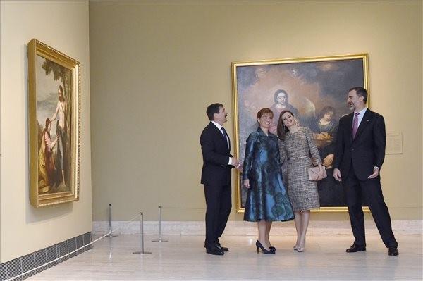 Közösen nyitotta meg a Szépművészeti Múzeum műkincseiből nyíló tárlatot a magyar államfő és a spanyol király