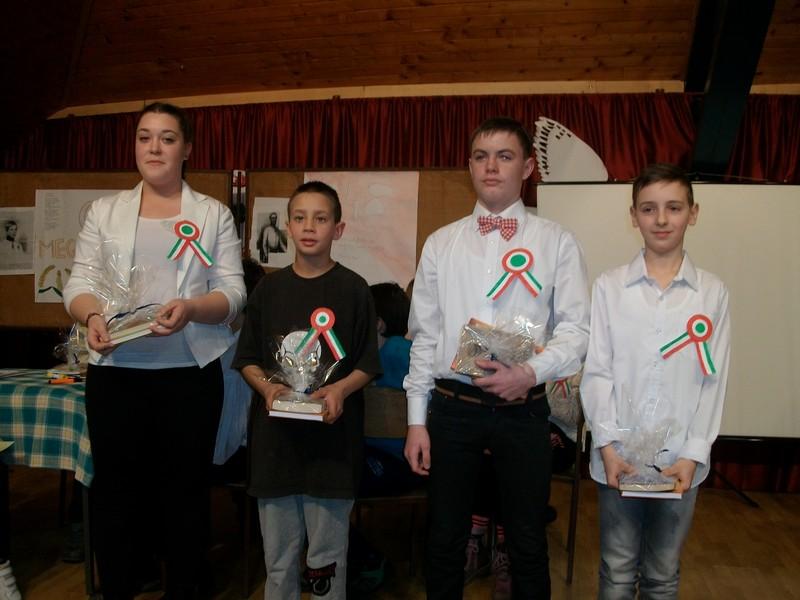 Az óbecsei  Petőfi Sándor iskolában vetélkedővel emlékeztek március 15-ére