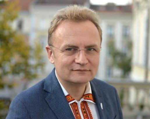 Ukrajna: Bírálják a kettős állampolgárokat büntetni szándékozó törvénytervezetet