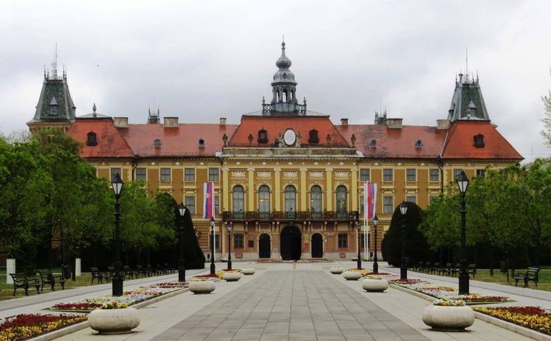 Zomborban üléseznek Bács-Kiskun megye elöljárói