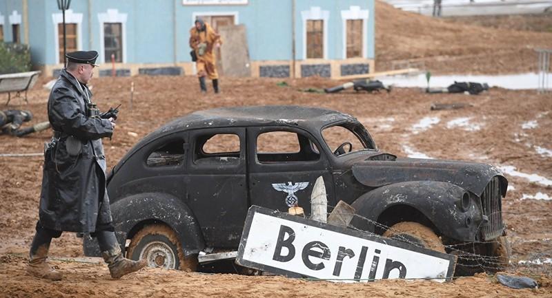 Hagyományőrzők játszották el Berlin ostromát Moszkva mellett