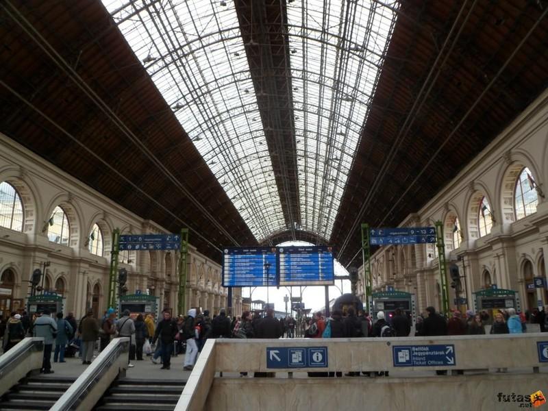 Meghibásodott a biztosítóberendezés a budapesti Keleti pályaudvaron, több vonat késik illetve nem jár