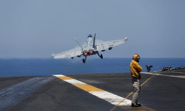 Moszkva felfüggesztette, Washington helyreállítaná a légi egyeztetést a szíriai légtérben