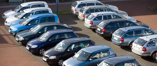 Rekordmennyiségű, mintegy 175 ezer használtautót adtak el Magyarországon a második negyedévben