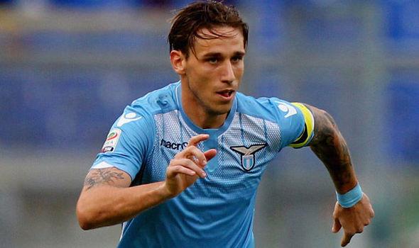 LABDARÚGÁS: Lucas Biglia három évre aláírt az AC Milanhoz