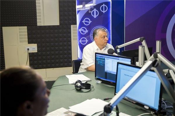 Orbán: A határ megvédése nemzeti feladat