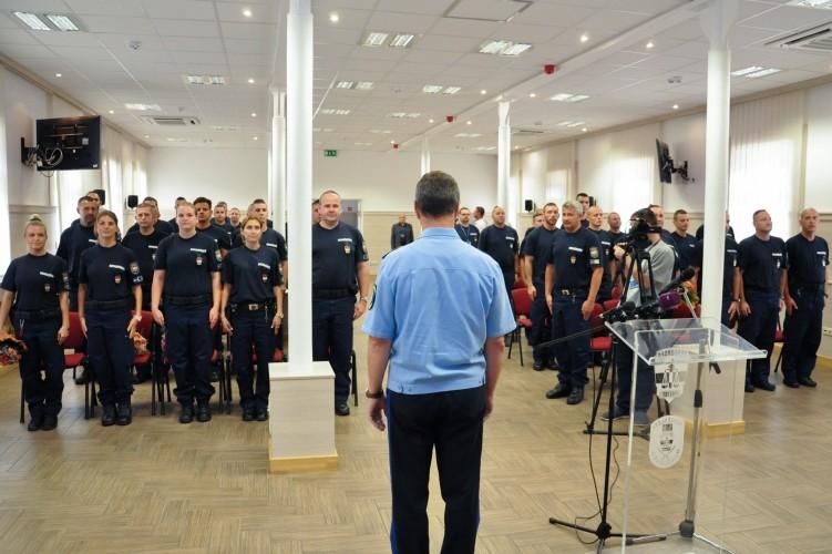 Elbúcsúztatták a Balkánra induló rendőri egységeket