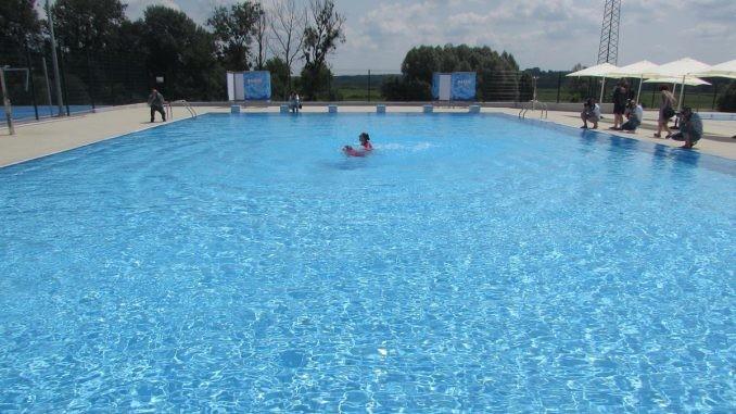 Bajsa: Az év végéig elkészül a medence, jövőre használni is lehet