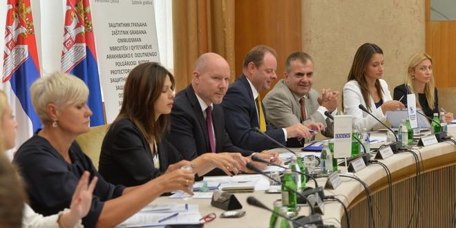 Szerbiában hiányoznak a nemzetek közötti viszonyügyi tanácsok