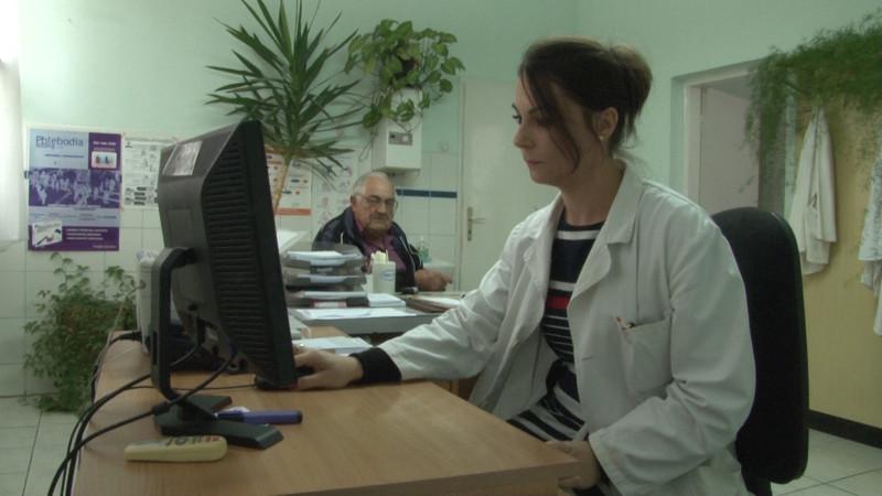 Horgos: A haladók számítógépet adományoztak a helyi egészségügyi állomásnak