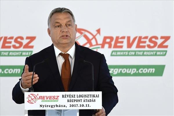 Orbán: Magyarország jövőjét az ország minden pontján írják