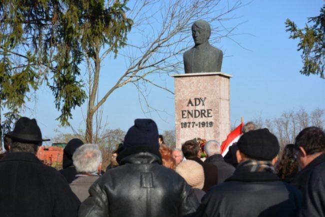 Románia: Ady Endre születésére emlékeztek Érmindszenten