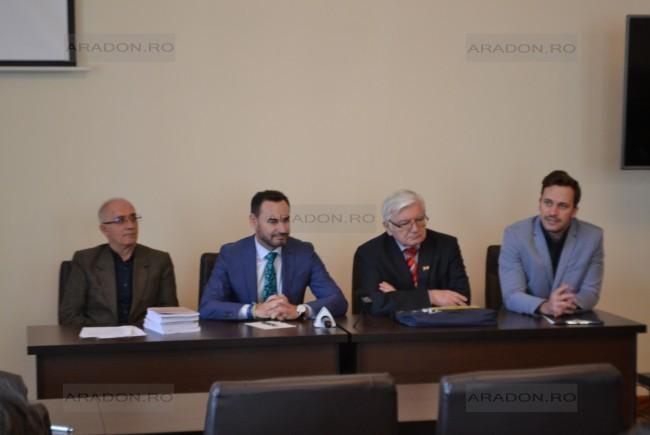 Surján László Aradon: A román centenáriumon el kell viselni a másik örömét és el kell viselni a másik bánatát