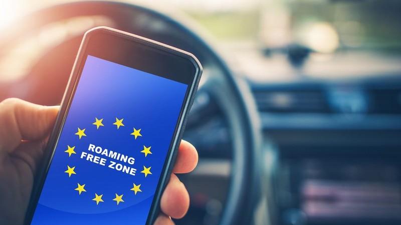 Szerbia és Bulgária egyezményt ír alá: Esnek a roaming árak