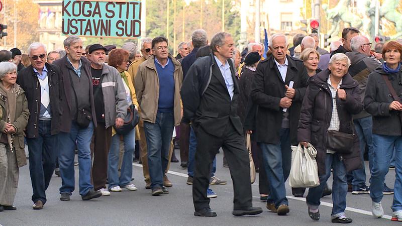 Danas: A szerbiai nyugdíjasok a strasbourgi bírósághoz fordulnak a nyugdíjuk csökkentése miatt