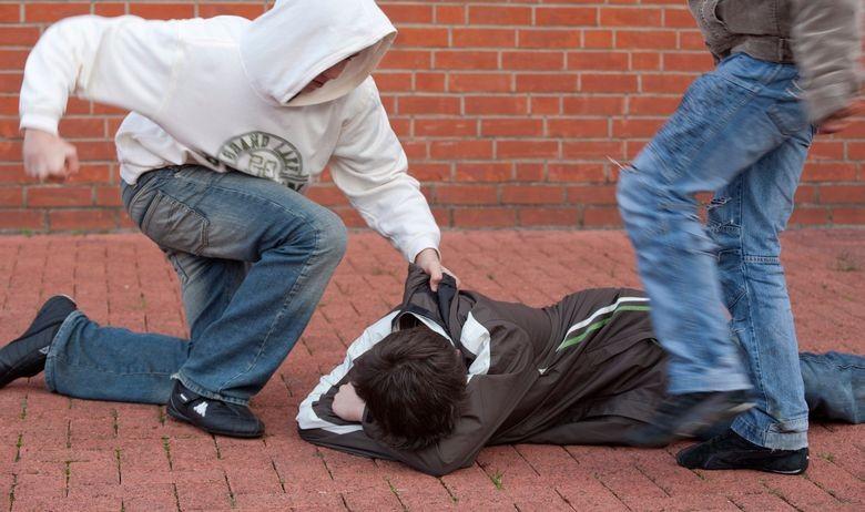 Megvertek három horvát nemzetiségű fiatalt Szondon