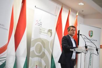 Potápi: Egymilliárd forint a külhoni magyar családok éve Kárpát-medencei programjaira