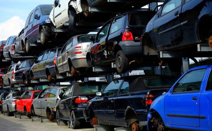 Tavaly félmilliárd eurót költöttek használt autóra Szerbiában