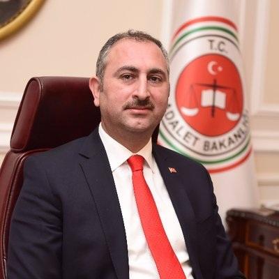 Törökország azt tervezi, hogy napirendre veszi a pedofilok kasztrációját