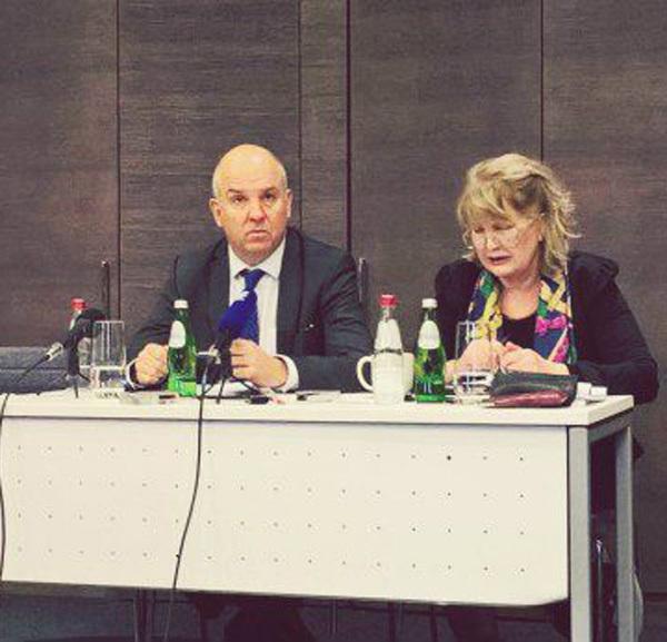Muižnieks: Súlyosbodott a média helyzete Szerbiában