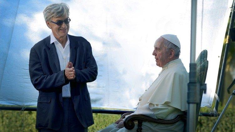 Májusban érkezik az amerikai mozikba Wim Wenders Ferenc pápáról forgatott dokumentumfilmje